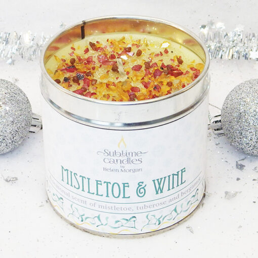 mistletoe & wine candle